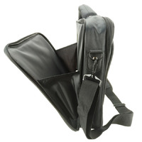 CLAM SHELL CARRYCASE FOR UP TO 15.6' NOTEBOOK  BLACK POLYESTER FABRIC
